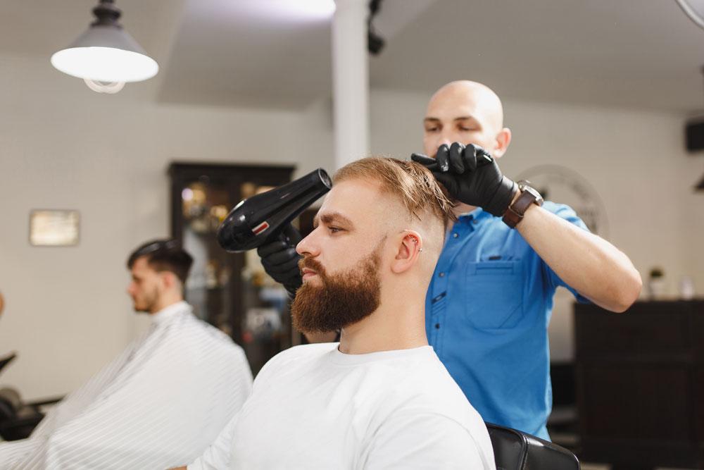 کوتاه کردن مو بعد از کاشت مو